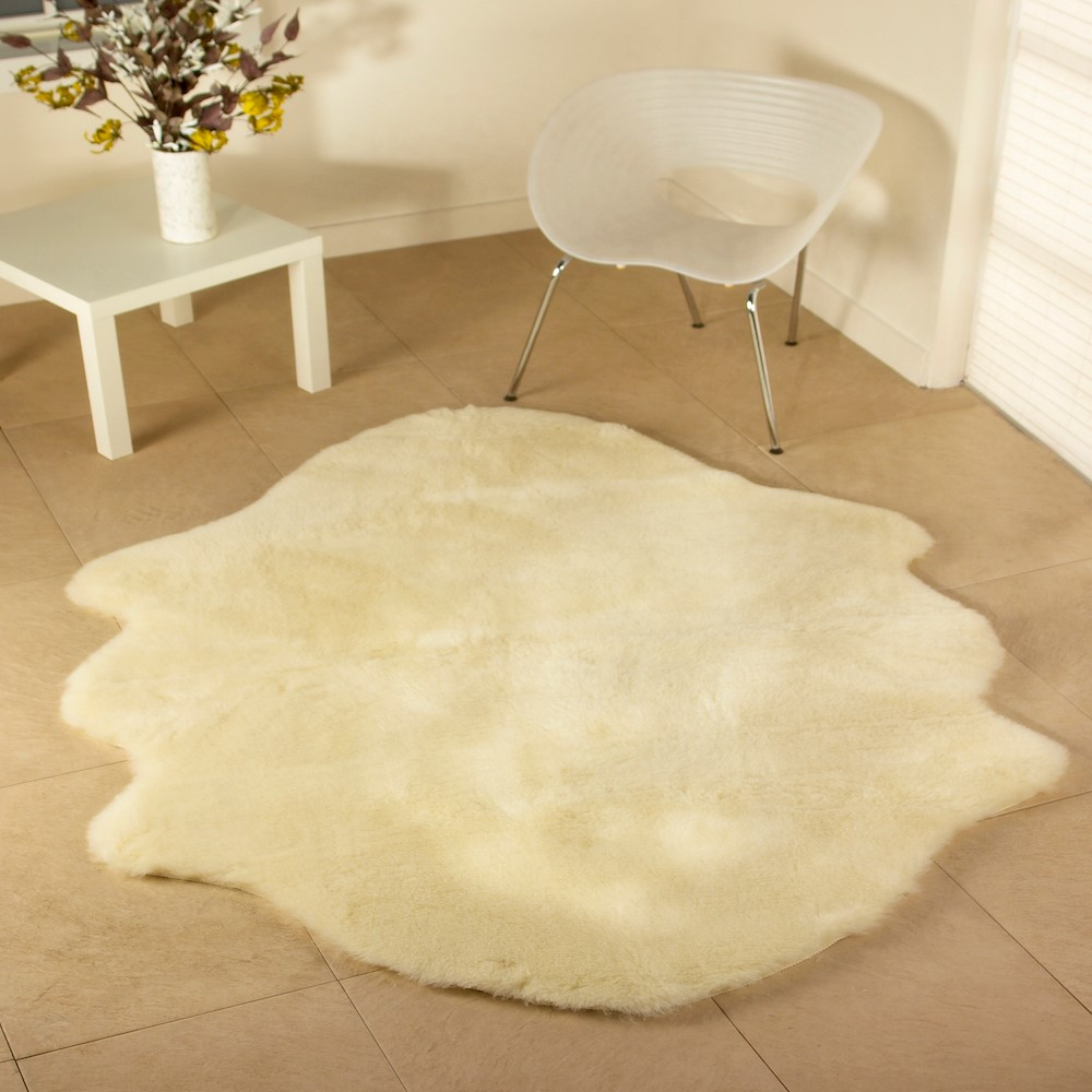 Luxurious Wool Rug's Natural Shaped