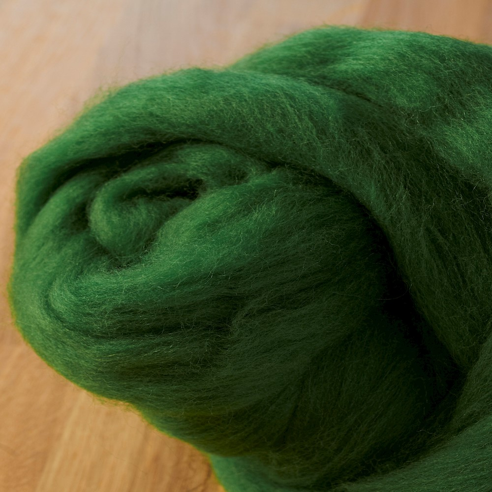 64's Merino wool for felting - Forest