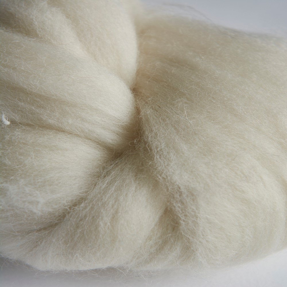 Double Scoured Wool Sliver
