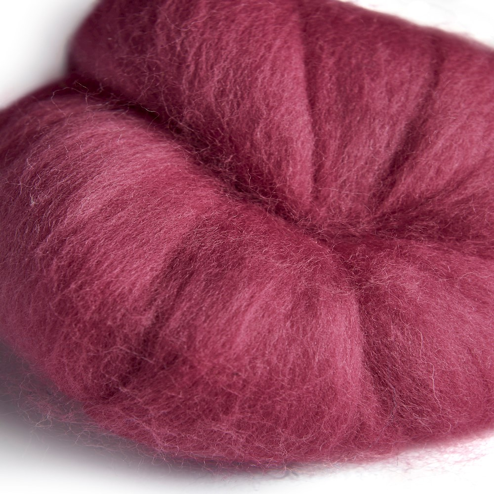 64's Merino wool for felting - Fuchsia