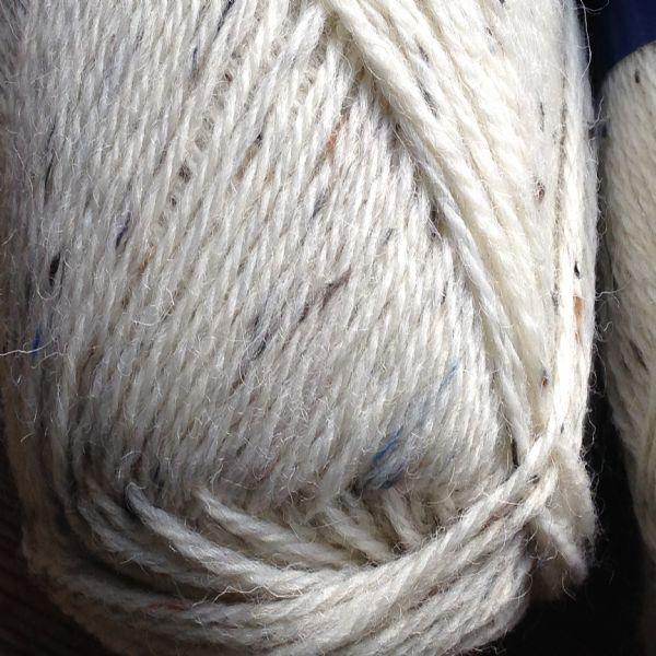 DK Knitting Wool - Wool Earth