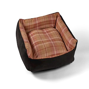 Country Classic Tweed Dog Bed - Cosy - Red