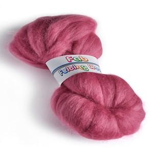 64's Merino wool for felting - Fuchsia