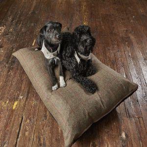Tweed Wool Mattress Dog Bed   Dark