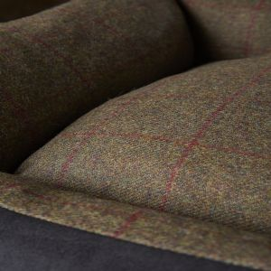 Country Classic Tweed Cosy   Olive
