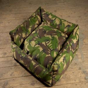TROJAN cosy waterproof dogbed Camouflage